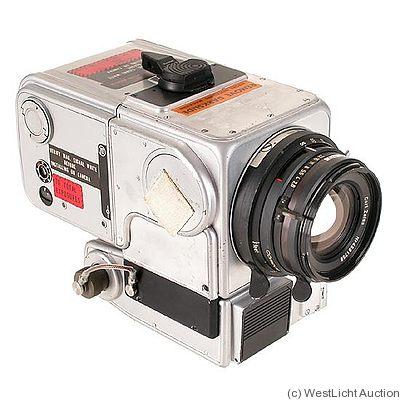 Ретро фотоаппарат, который побывал на Луне «ушел с молотка»