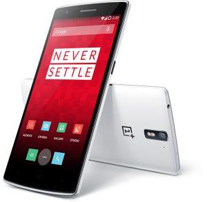 Мобильный телефон с гербом OnePlus One