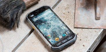 Лучшие защищенные смартфоны 2018 года: 11 неубиваемых смартфонов