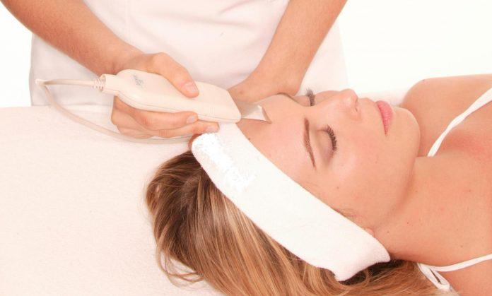 Аппарат для чистки лица ультразвуком