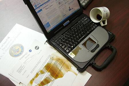 Ремонт ноутбуков в случае попадании воды